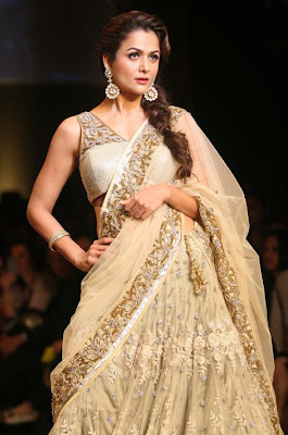 mallika & amrita arora in lakme fashion week cute stills