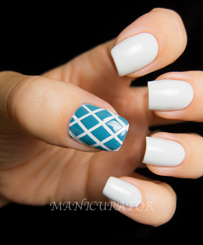 Nail Art With Tape Strips: Nails with tape ^. Easy nail art ...