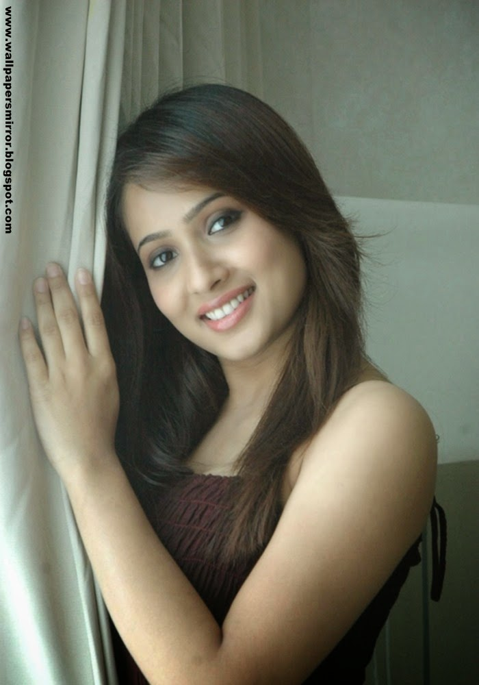 bollywood actress dipa shah hot photos