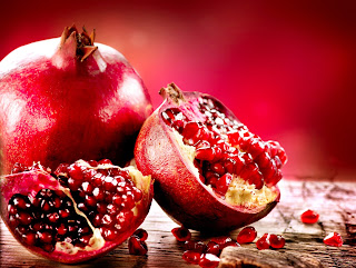 Pomegranate skin tea can help treat diarrhea.