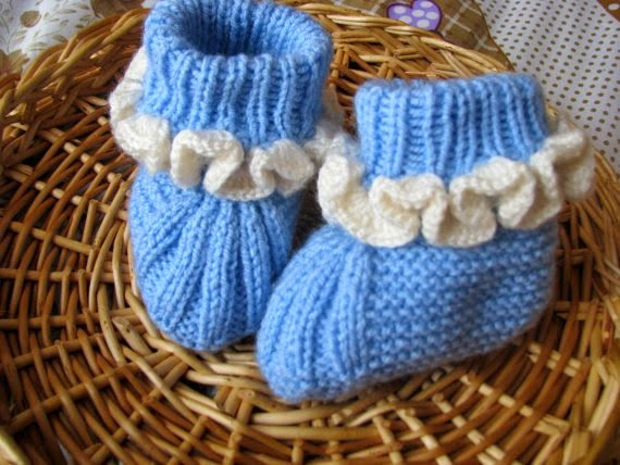 https://www.etsy.com/listing/195886654/baby-slippers?ref=favs_view_1