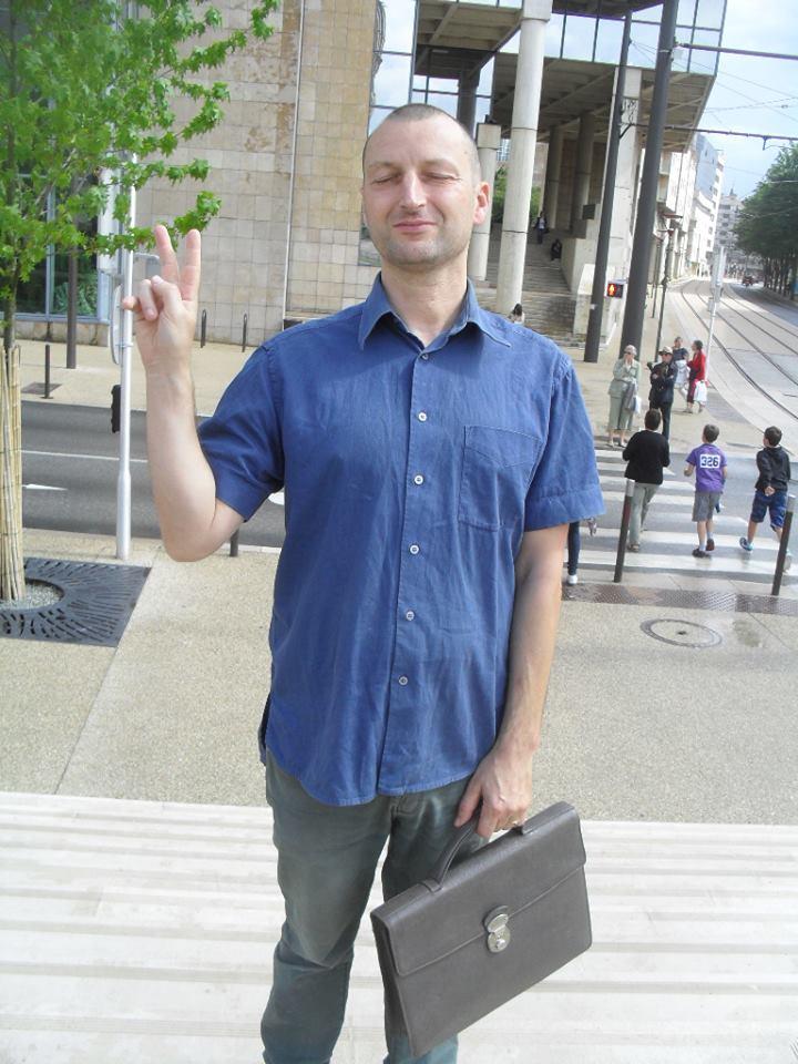 Raphaël Zacharie de IZARRA OVNI WARLOY BAILLON UFO