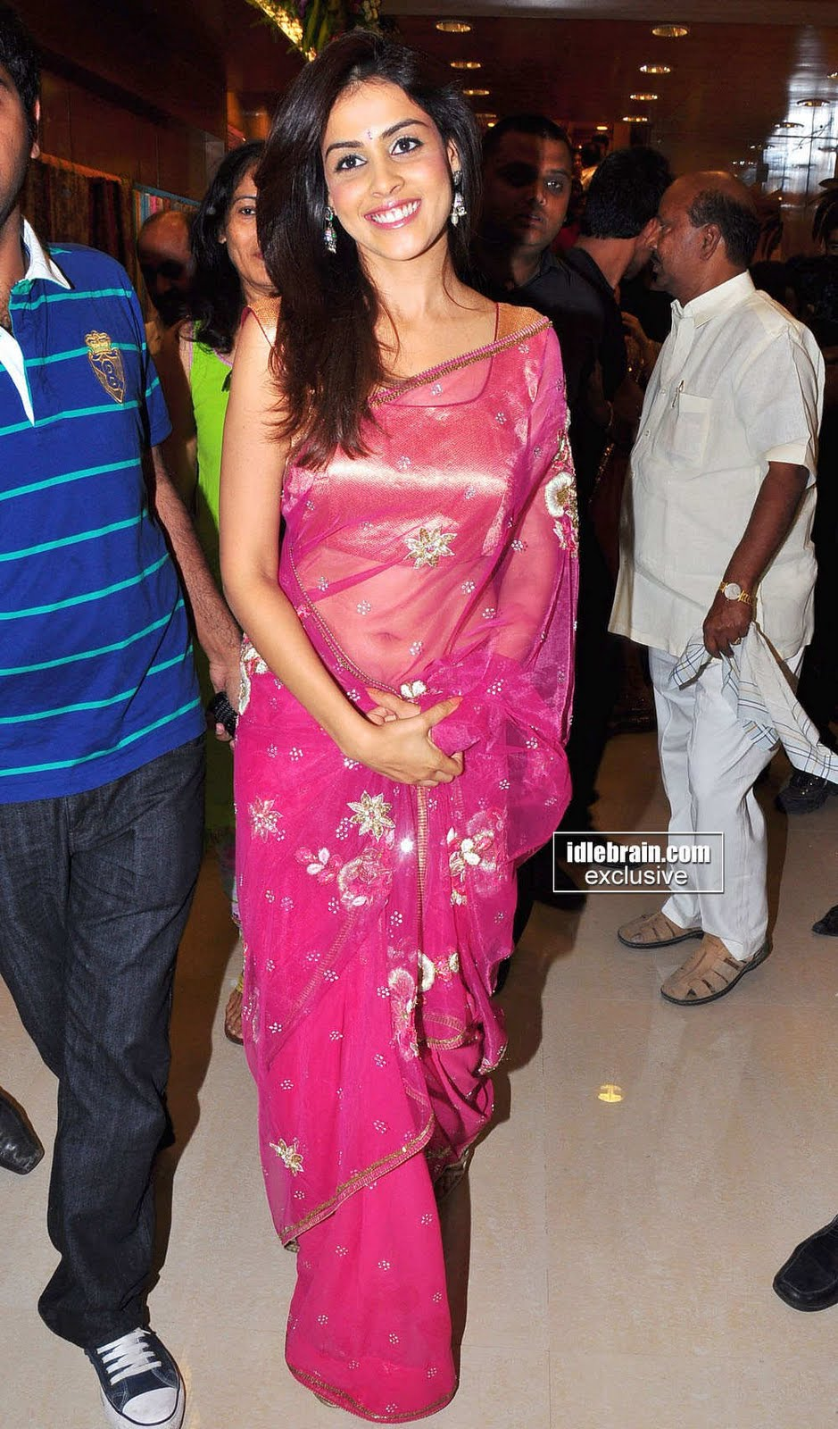 genelia in saree genelia looking gorgeous in this stylish pink saree