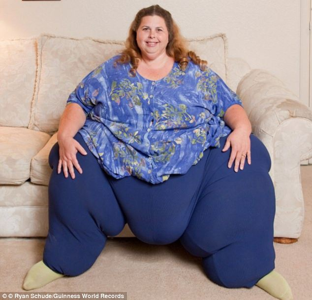 Sensual: The couple got back together after Alex saw she had become the  heaviest woman in the world. Today, Mrs Potter (seen here in a recent  picture) ...
