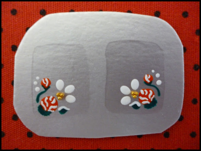 decorar unha branca:adesivoso eu disse elas duram muito e lindo para decorar unhas