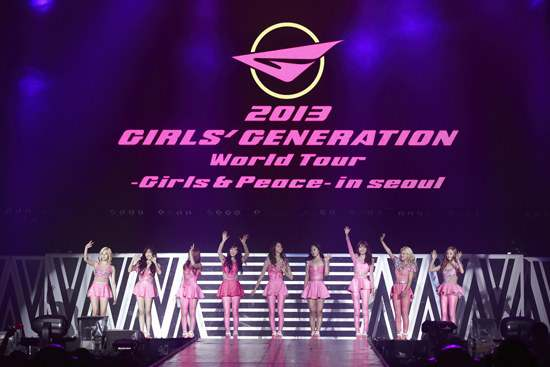 "[Fantaken Pictures] 130609 ""2013 Girls' Generation World Tour"" in Seoul"