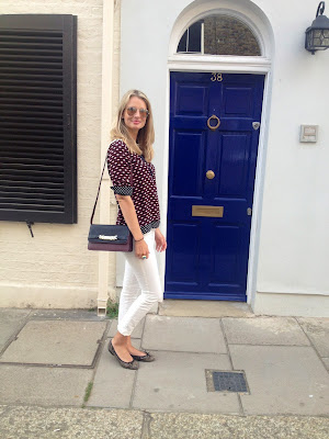 streetstyle, ootd, wiwt, fashion blogger, fblogger, white jeans, white skinny jeans, skinny jeans, jbrand, zara blouse, printed blouse
