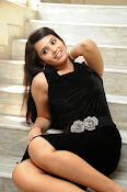 Actress Aarushi Glamorous Photos in Black-thumbnail-11