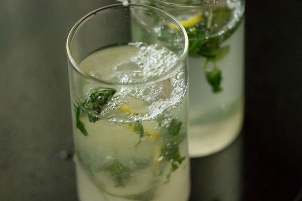 Băutura care te ajută să nu ÎMBĂTRÂNEȘTI!