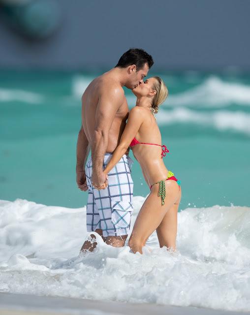 Joanna Krupa Kissing her boyfriend