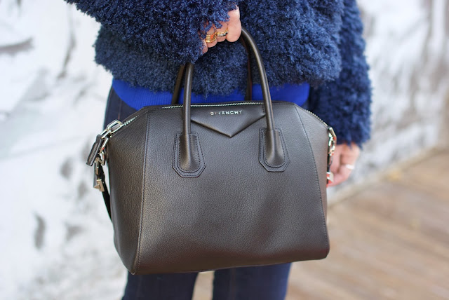 Givenchy Antigona bag, black small Antigona, Fashion and Cookies, fashion blogger