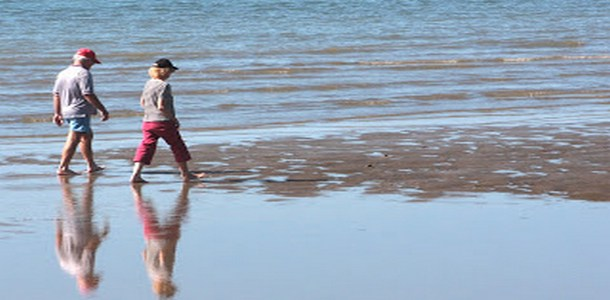 ζευγάρι στη θάλασσα