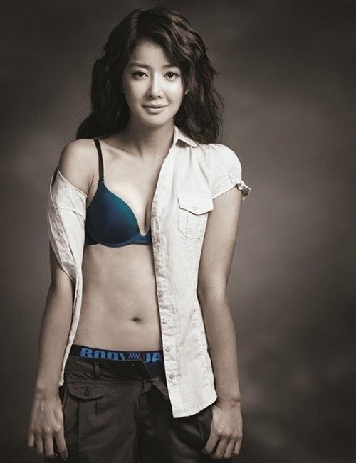 Korean actress sex tape