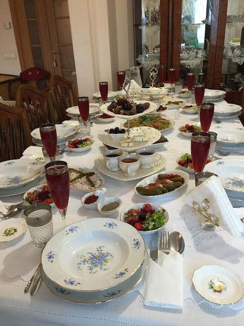 İftar masaları, menüler,sahra