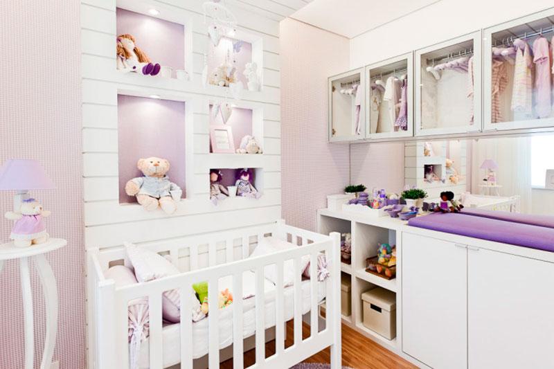 Decoração de quarto de bebê menina lilás