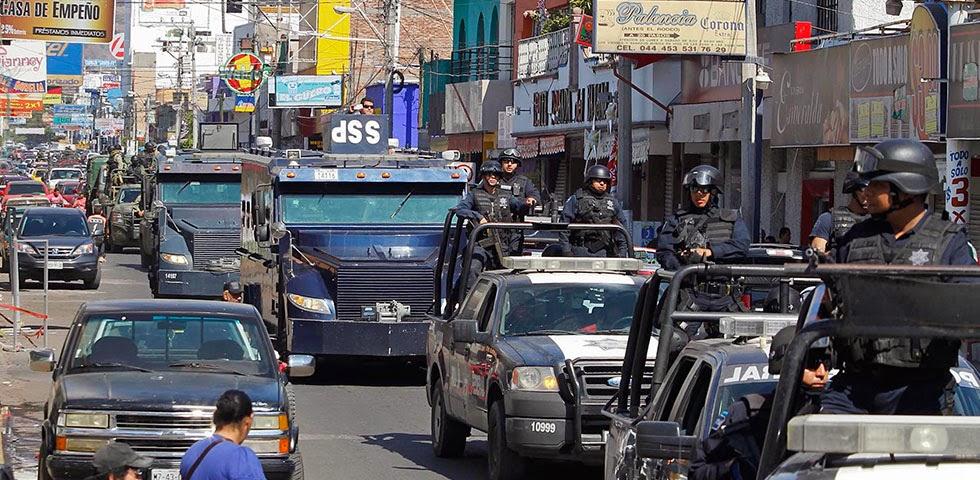 Michoacan Bajo Fuego.  Fotogaleria.  Las Victimas de Paracuaro Armadas001