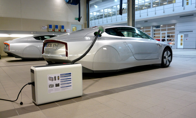Volkswagen XL1 charging via external charger