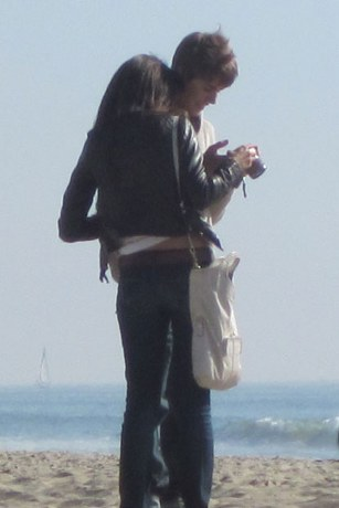 selena gomez and justin bieber at the beach may 2011. 2011 selena gomez beach 2011.