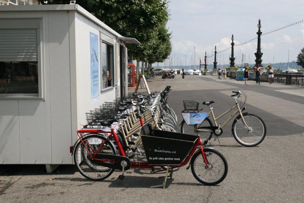 live geneva gen ve roule bikes for free. Black Bedroom Furniture Sets. Home Design Ideas