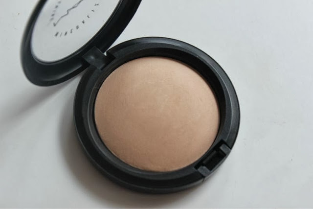 MAC Mineralize Skinfinish Natural in Medium Plus