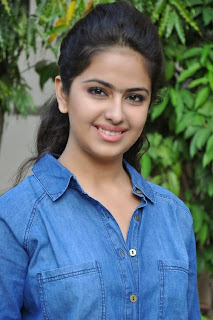 Acress Avika Gor Pictures in Pink Tight Jeans at Uyyala Jampala Movie Press Meet 0010.jpg