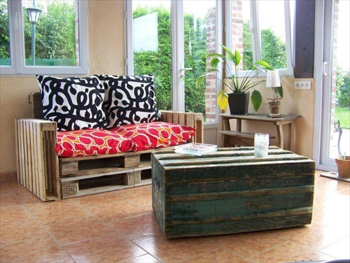 Living Room Furniture Made From Pallets