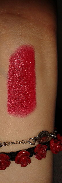 rossetto lunga durata essence adorable me
