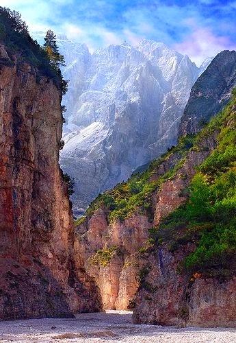 http://tadatop.com/travel/natural/val-di-fonda-italy/