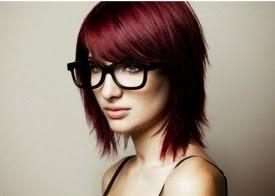 Rambut pendek pirang