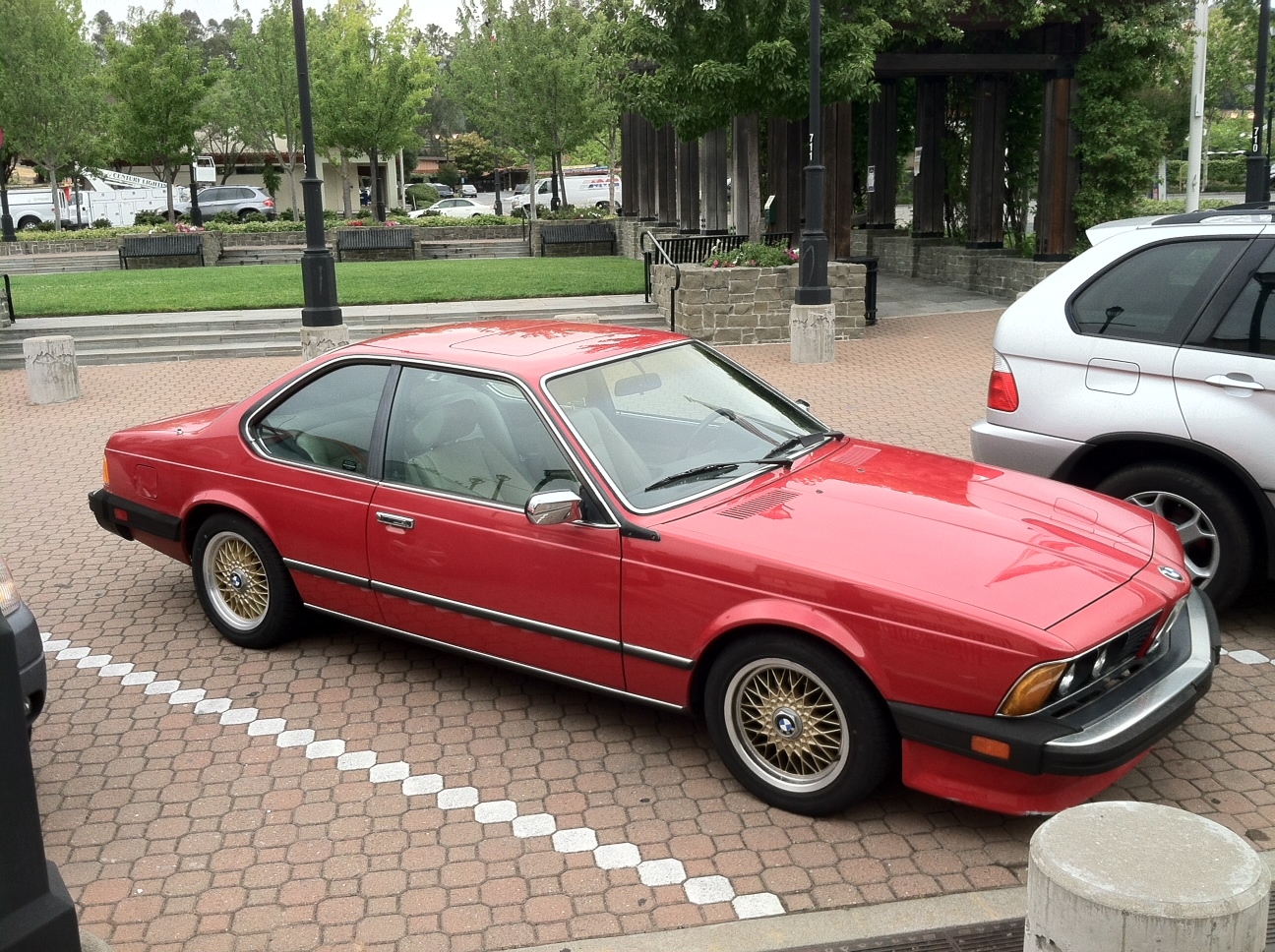 Tamerlane\'s Thoughts: Carspotting: 1986 BMW 635CSi with manual ...