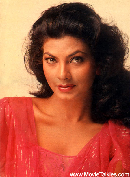 Kimi Katkar - Bollywood Women