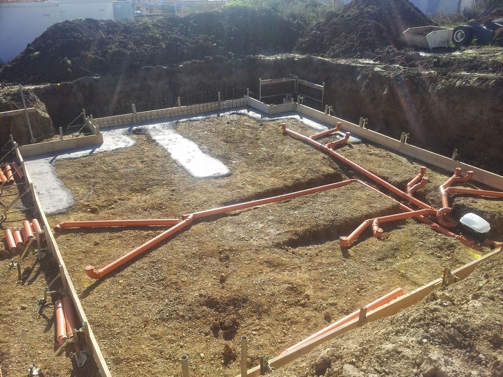 drainagerohr verlegen anleitung drainagerohr verlegen eine schritt f r schritt anleitung. Black Bedroom Furniture Sets. Home Design Ideas