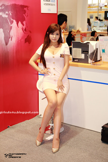 Ryu-Ji-Hye-SIDEX-2011-13-very cute asian girl-girlcute4u.blogspot.com