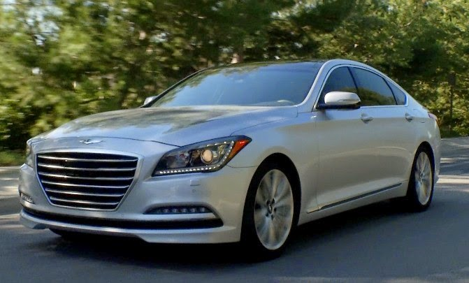 Front 3/4 view of 2015 Hyundai Genesis