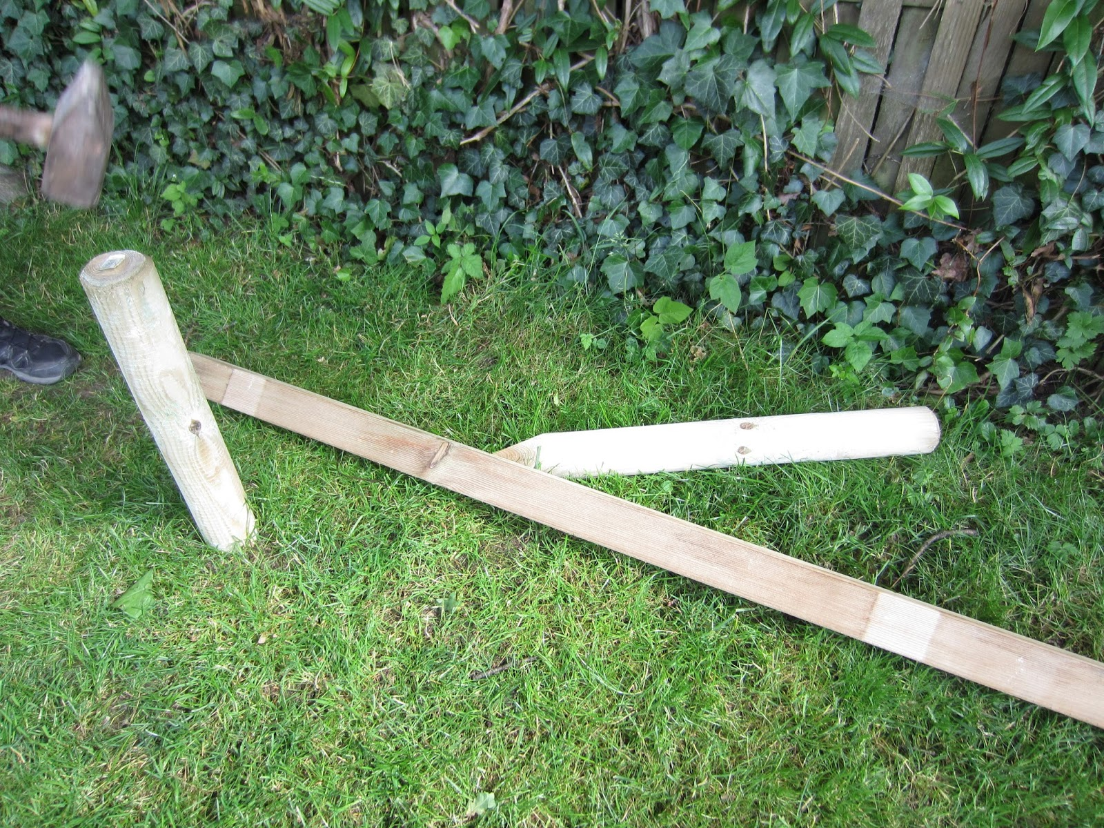 Gartenmobel Holz Bunt :  Kinder  und Familien  Blog Balancierbalken für Kinder selber bauen