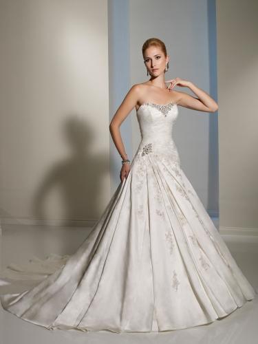 Vestidos de novia: Vestidos de novia de Sophia Tolli