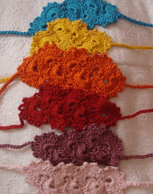 Free Crochet Patterns For Summer Headbands : CROCHET PATTERNS FOR HEADBANDS Free Patterns