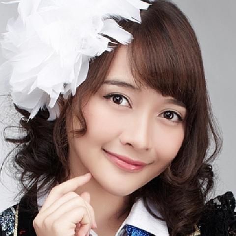 Foto+Devika+Kinal+Putri+JKT48.png