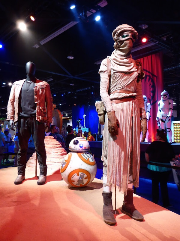 Star Wars The Force Awakens movie costumes