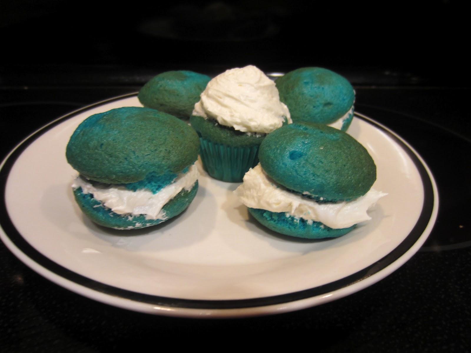 Break It, Make It, or Bake It: Cupcake Poppers