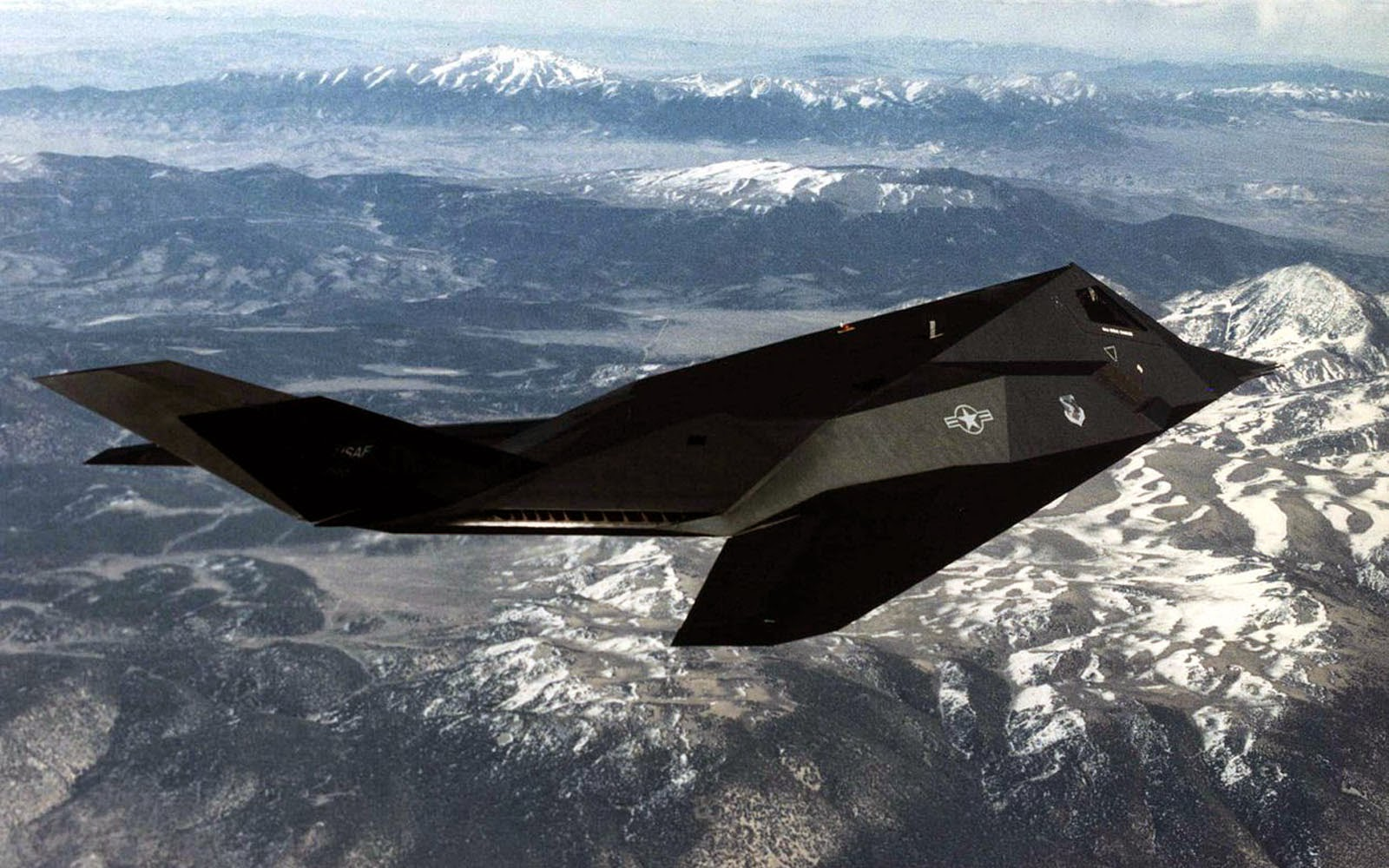F 117 Nighthawk At Night wallpapers: Loc...