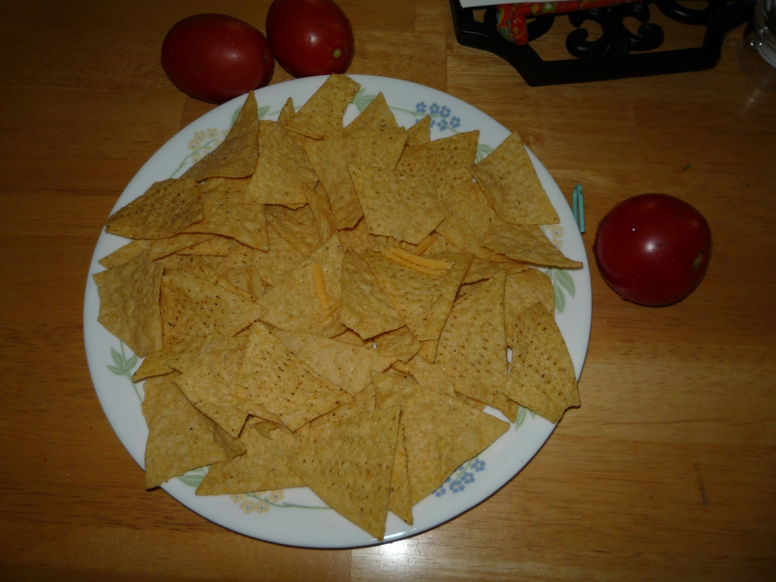 Jan 18, · Nacho Cheese is easy to make yourself from scratch, and is the perfect melty sauce to pour over tortilla chips. This Nacho Cheese Sauce is made with only five all-natural ingredients, and takes 10 minutes to make/5(65).