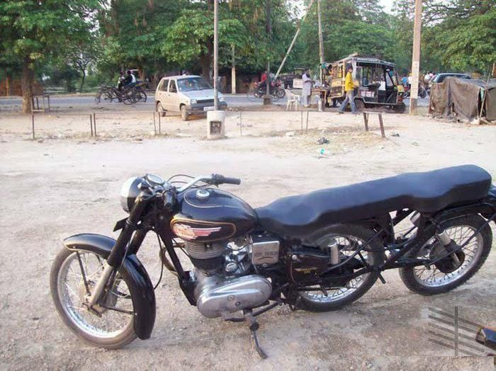 Funny motor cycle pictures funny bike funny bike images for Three wheel motor bike in india