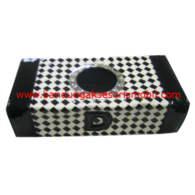Box Tissue Domino Hitam Putih