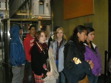 MV students arriving at HSEF