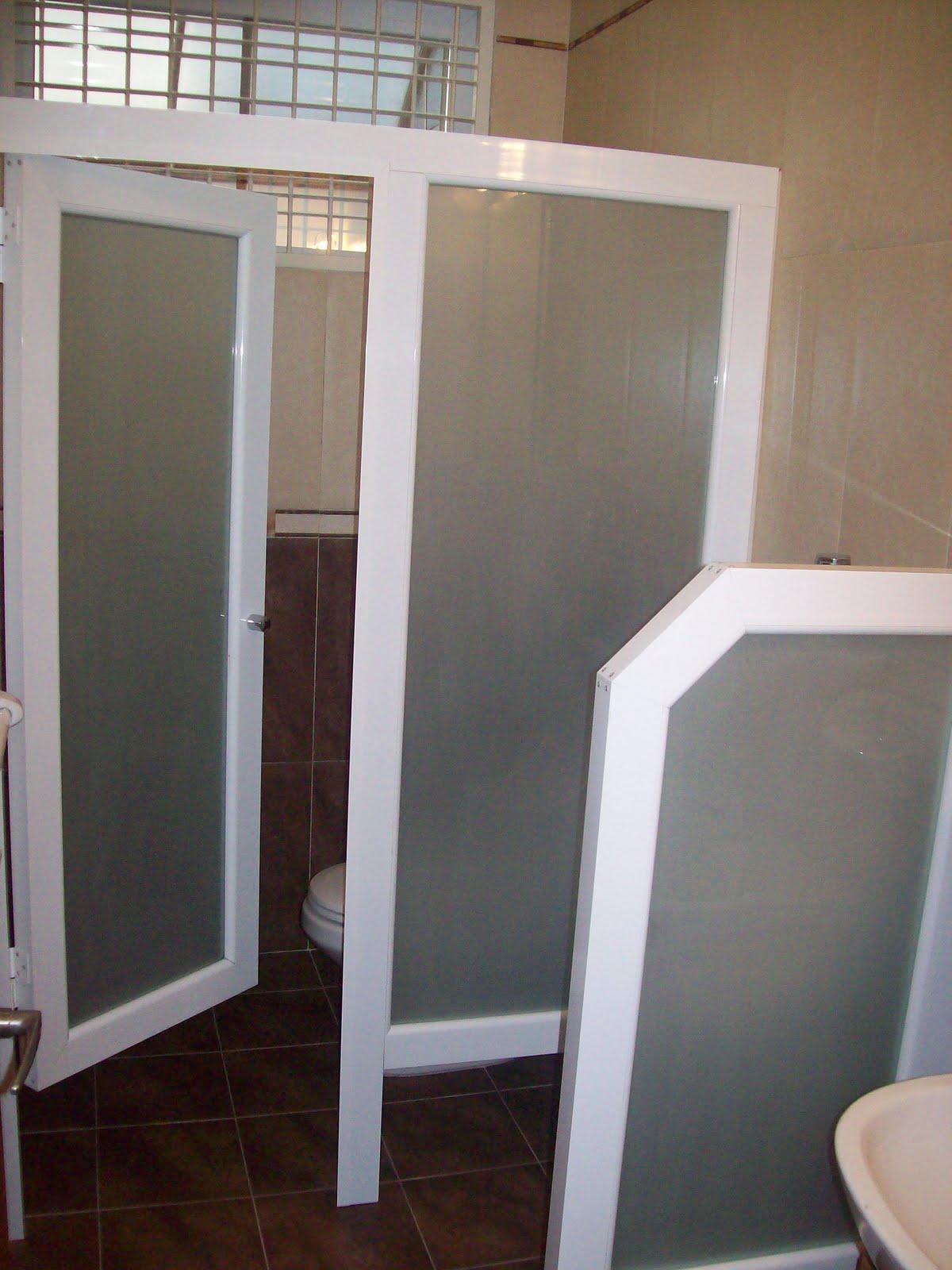 Decoraciones r r aluminios c a puertas de ba os publico - Puerta corrediza para bano ...