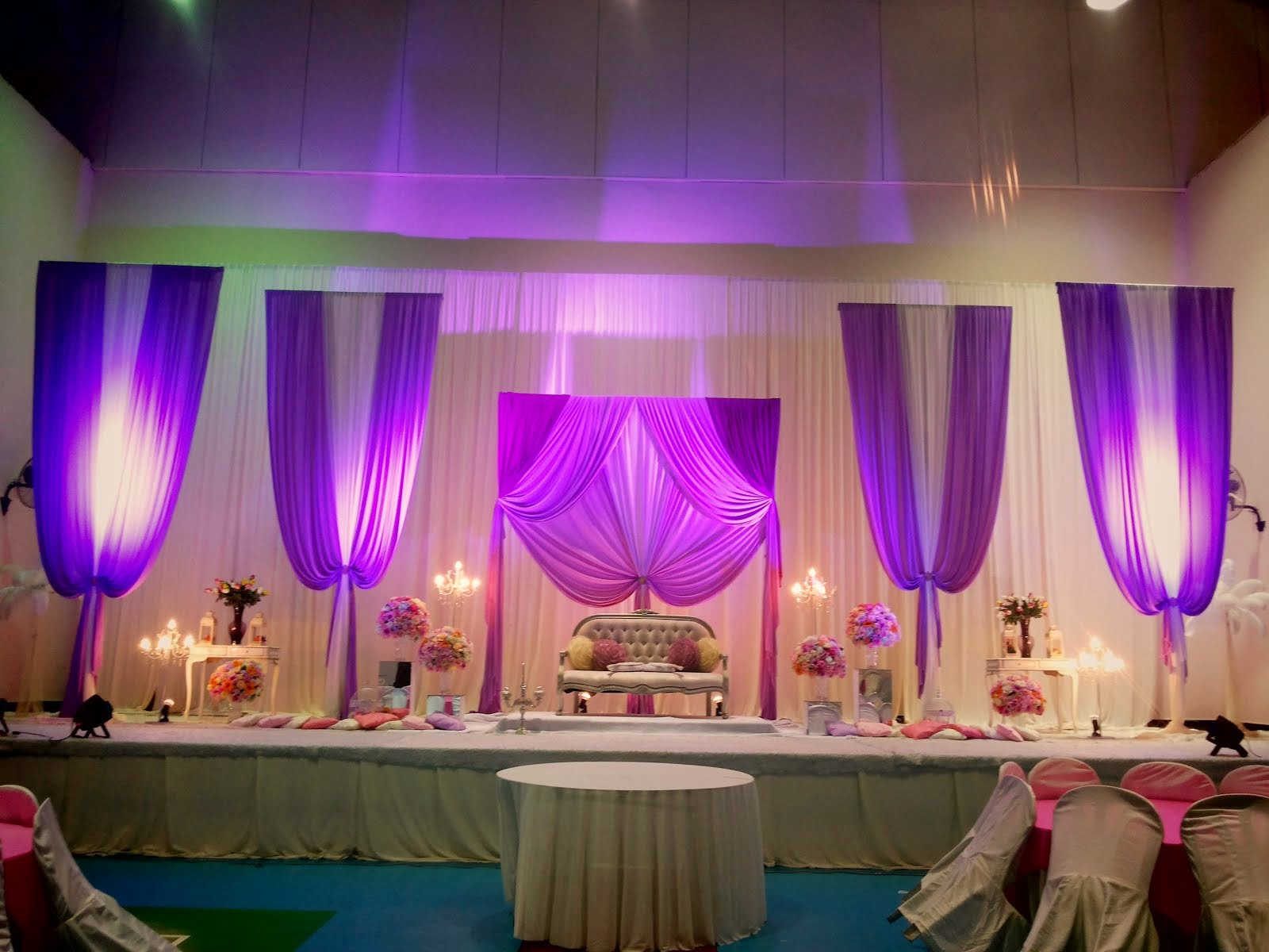 Pelamin dewan 5 panel 6 Flower Stand,Red Carpet,Pintu Gerbang RM2700.00