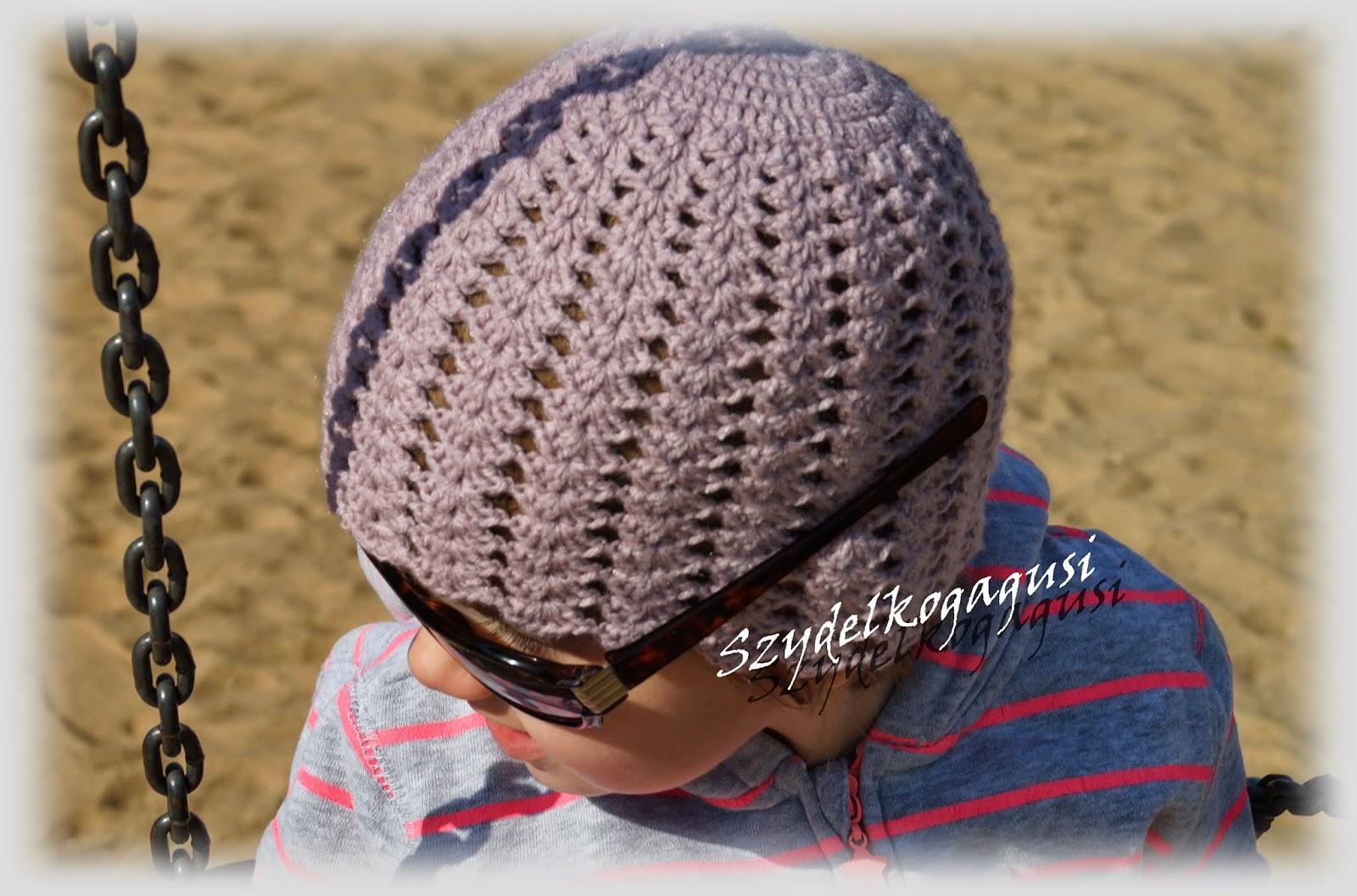 ażurkowa czapka na szydełku