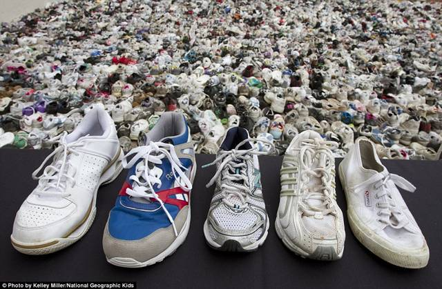 More Than 16,000 Pairs of Shoes Lined Up Together in Huge World Record