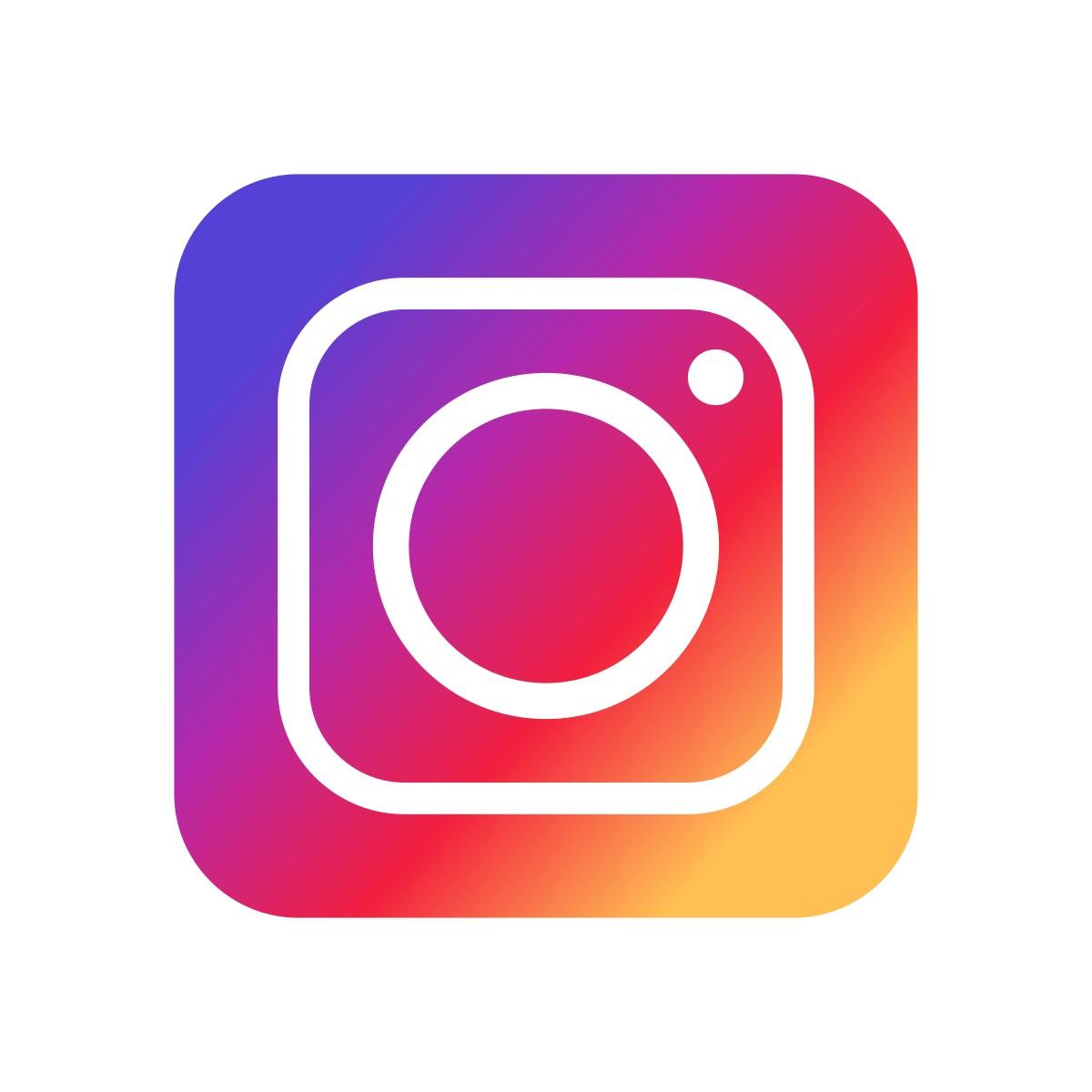 AprilCat в Instagram